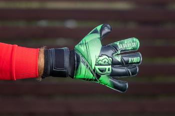 Детские вратарские перчатки Bravry Hurricane Hybrid Roll 01